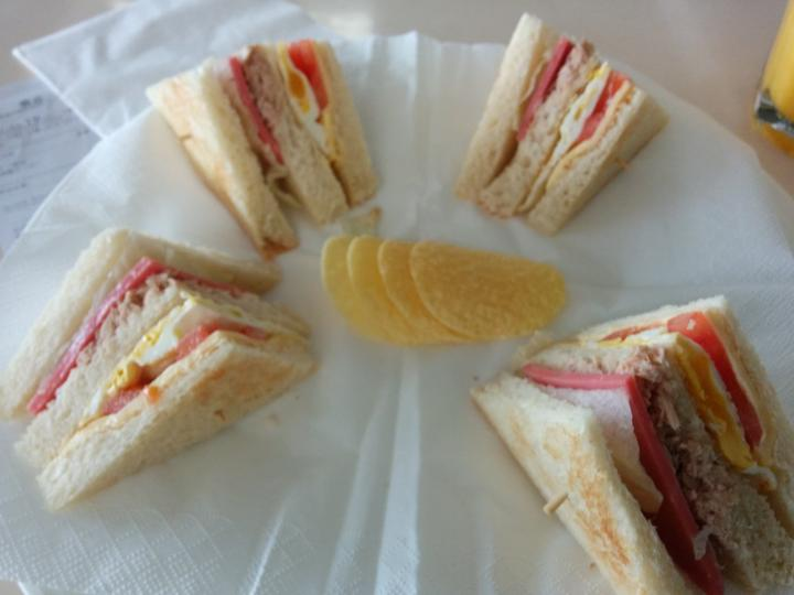 Curious Airport club sandwich